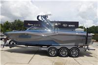 2022 Malibu Boats 25...