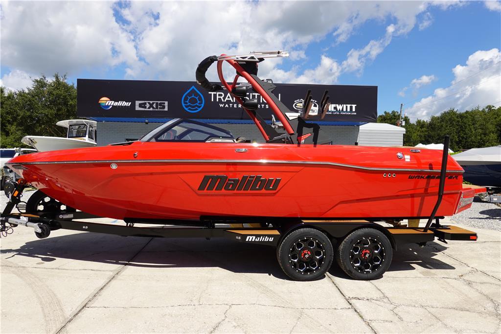2022 Malibu Boats 23 LSV