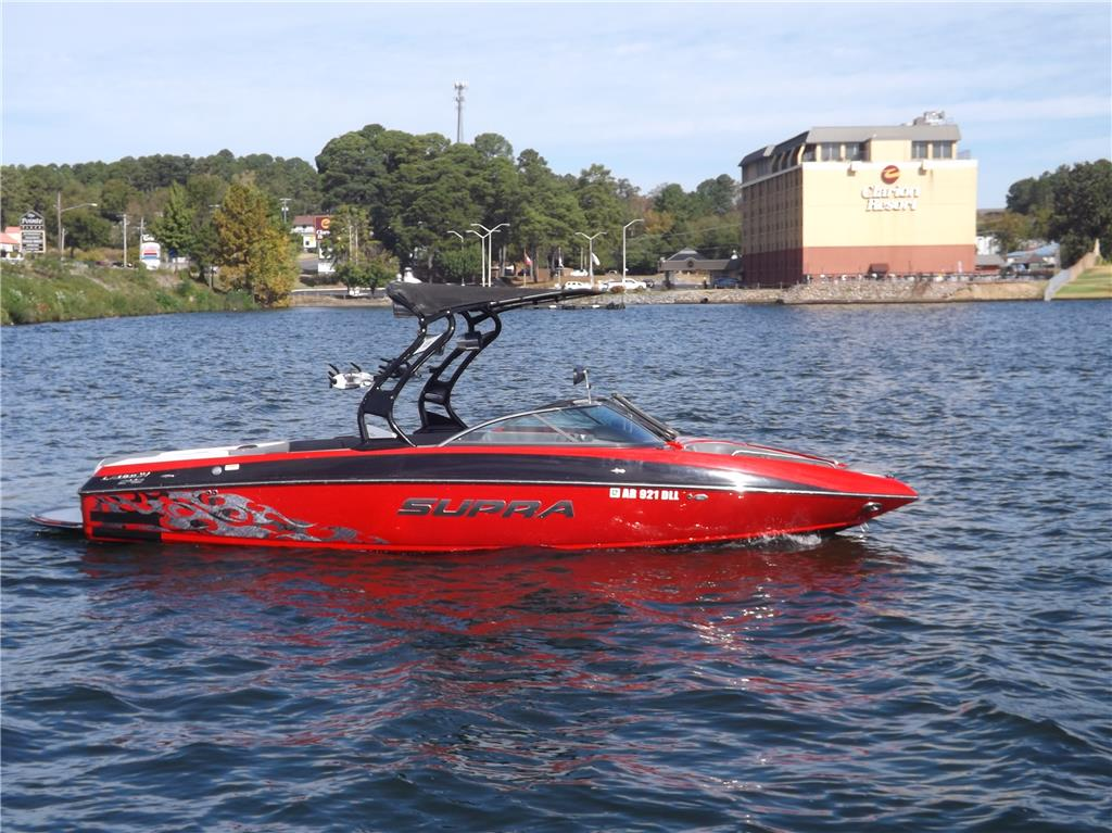 2012 Supra Launch 242!  Low hours!!  Lots of options!!!