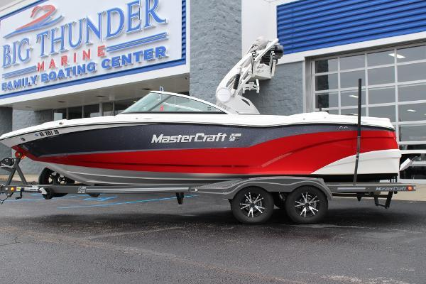 2017 MasterCraft XT23 | DEAL PENDING