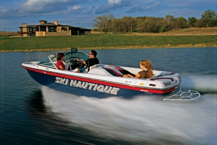 2007 Ski Nautique 206 Reviews Info